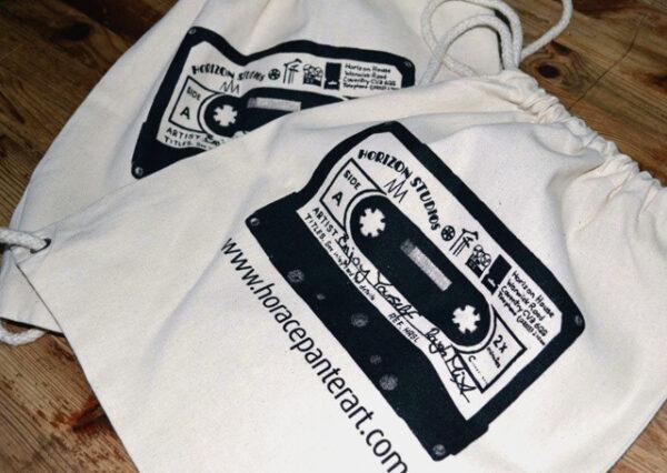 Cassette drawstring bag